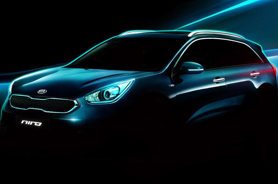 Kia unveils new Niro hybrid crossover