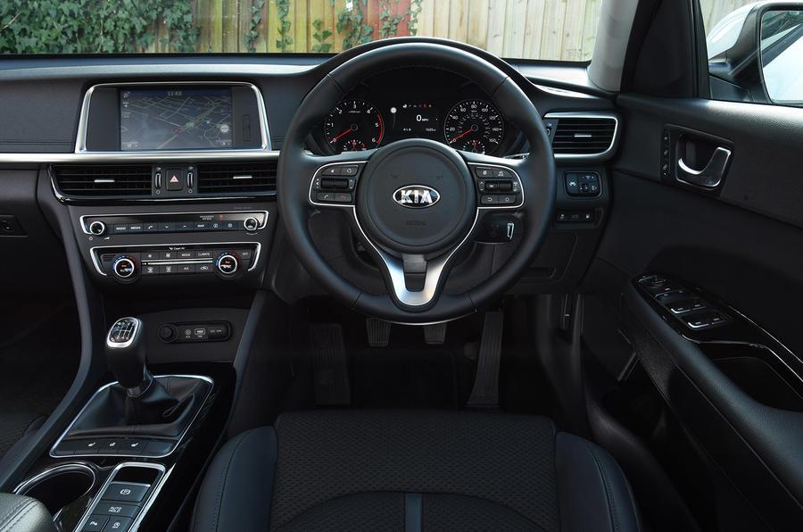2016 kia optima 1 7 crdi eco review review autocar rh autocar co uk kia optima manual 2015 kia optima manual online