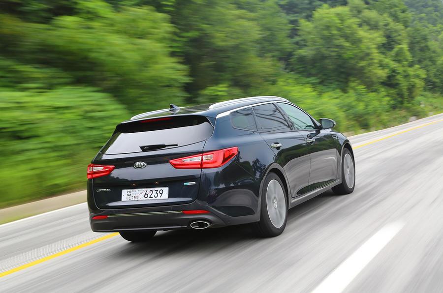 Kia Optima Sportwagon rear