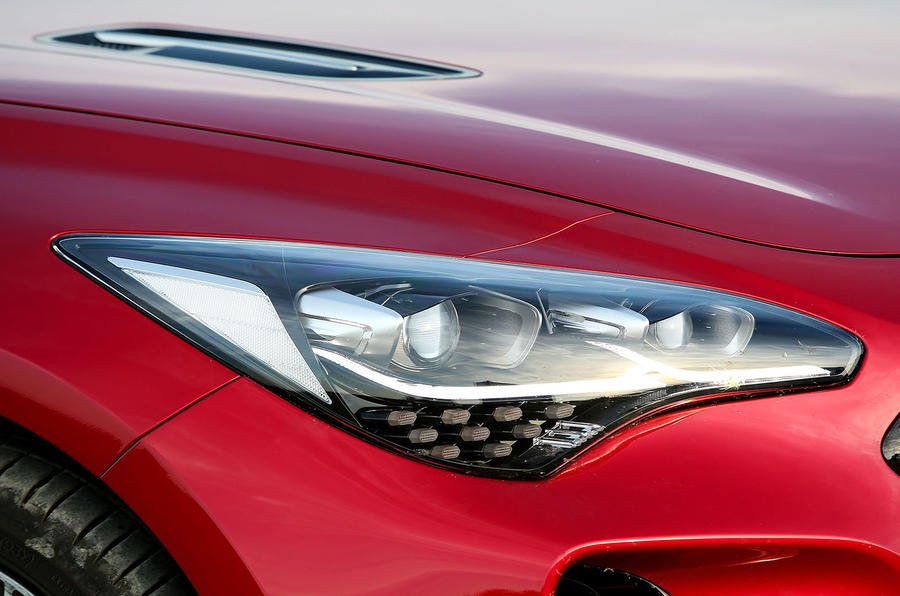 Kia Stinger GT headlights