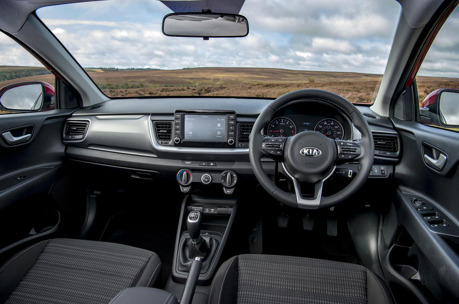 kia stonic 1 0 t gdi 2 2017 uk review autocar. Black Bedroom Furniture Sets. Home Design Ideas