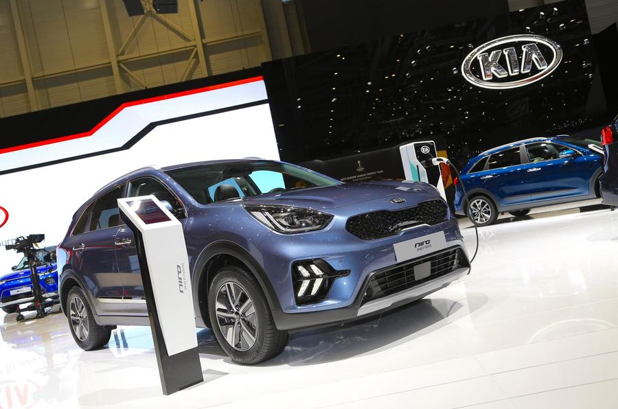 Updated Kia Niro Sports Fresh Design New Technology For