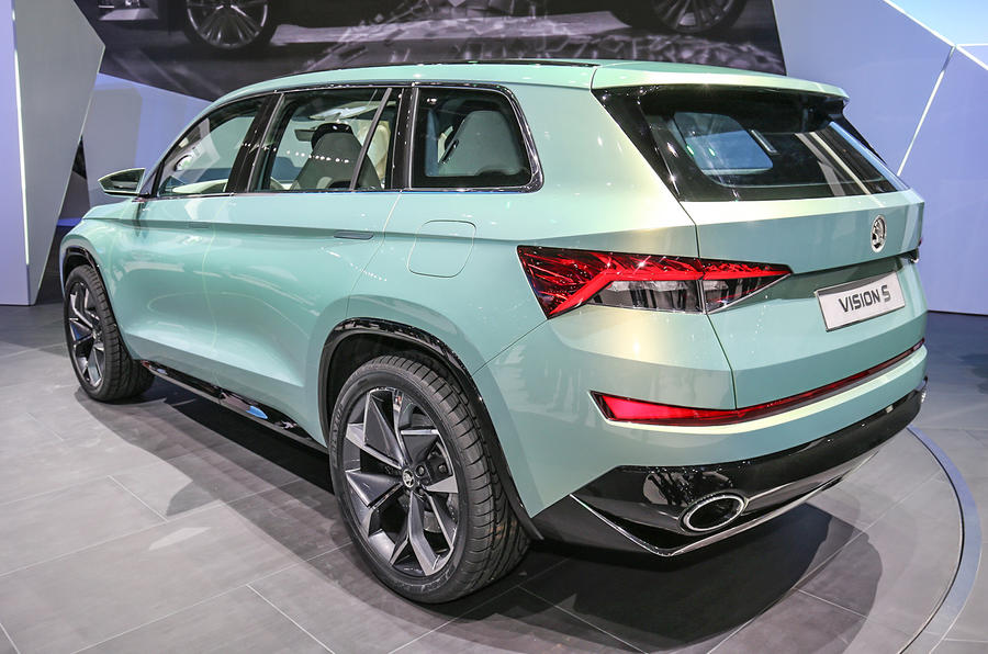 2017 skoda kodiaq official new teaser pictures and video released autocar. Black Bedroom Furniture Sets. Home Design Ideas
