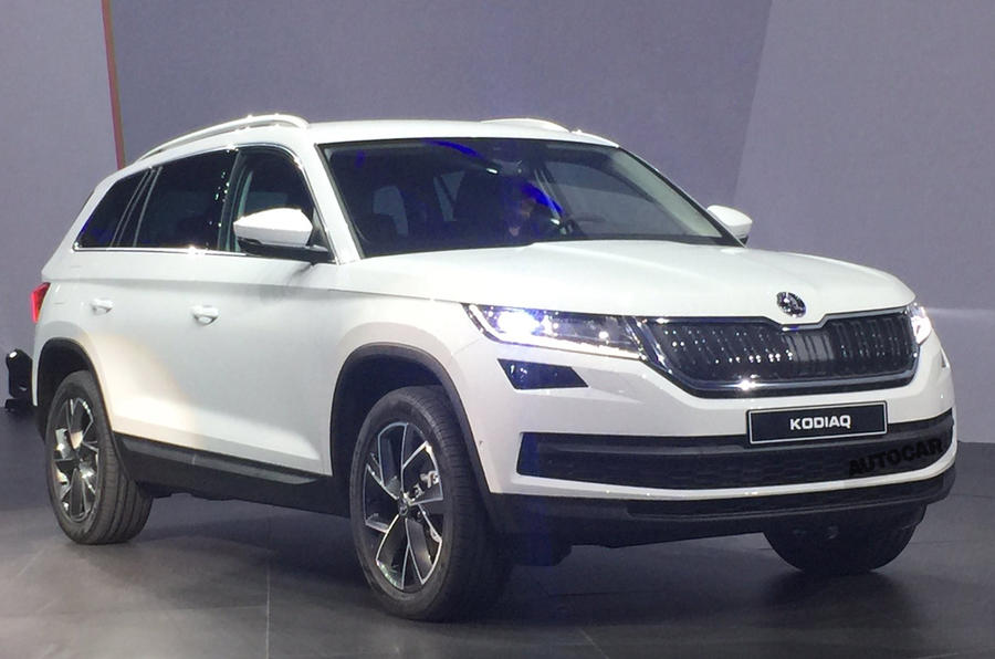2017 skoda kodiaq makes public debut in paris autocar. Black Bedroom Furniture Sets. Home Design Ideas