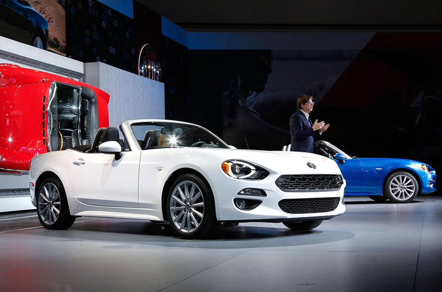 2016 fiat 124 spider pricing and specification revealed autocar. Black Bedroom Furniture Sets. Home Design Ideas