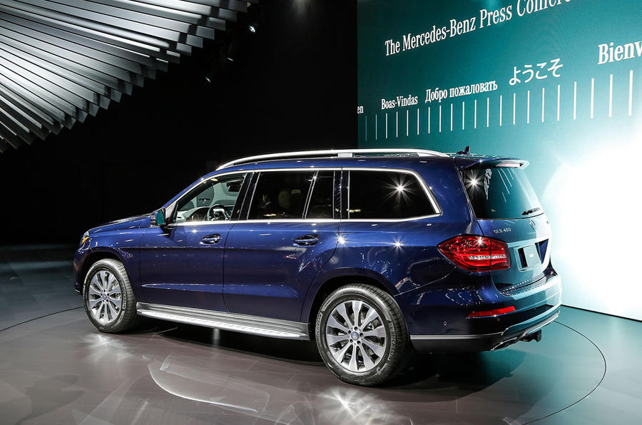 2016 mercedes benz gls revealed full pictures pricing for Gl class mercedes benz price
