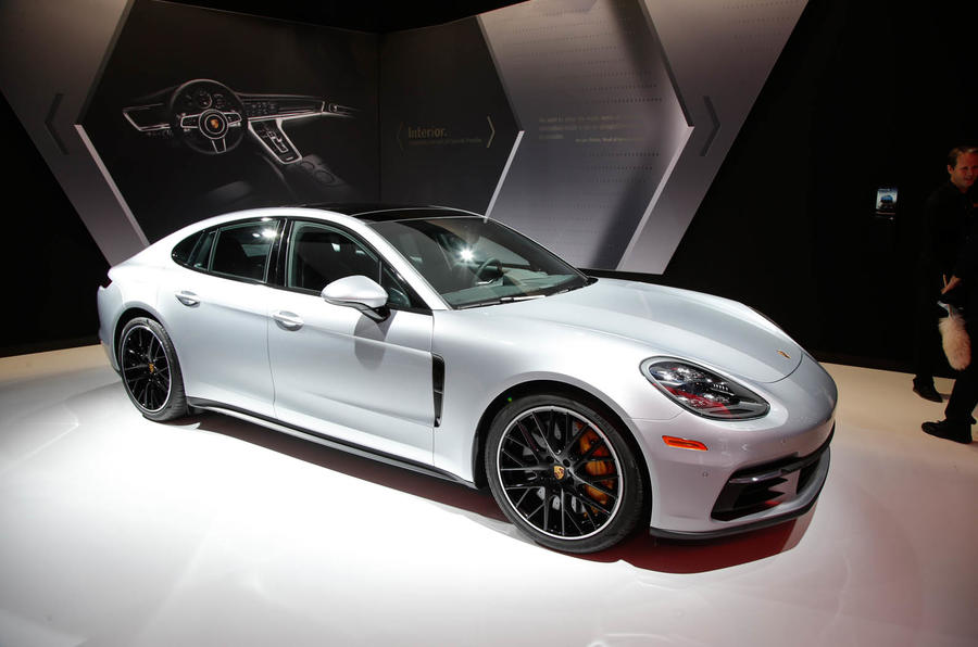 Porsche Panamera 4S >> 2017 Porsche Panamera range revealed: six new models added ...