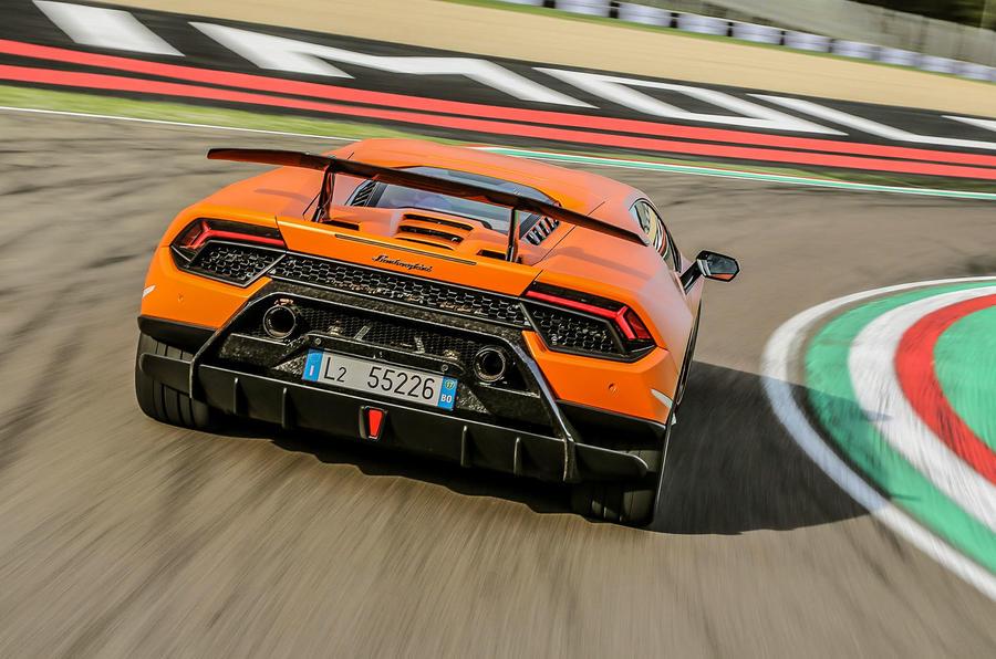 Lamborghini Huracan Performante rear cornering