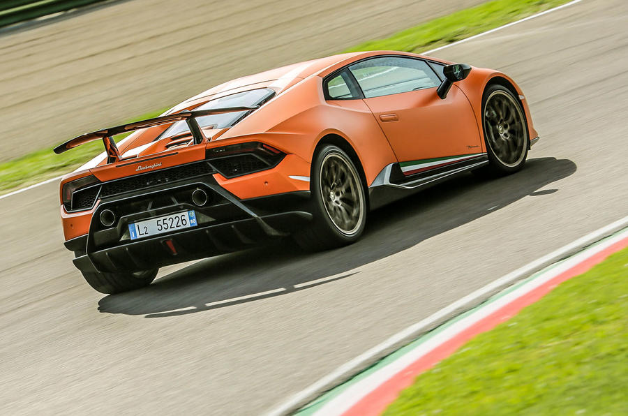 Lamborghini Huracan Performante rear cornering
