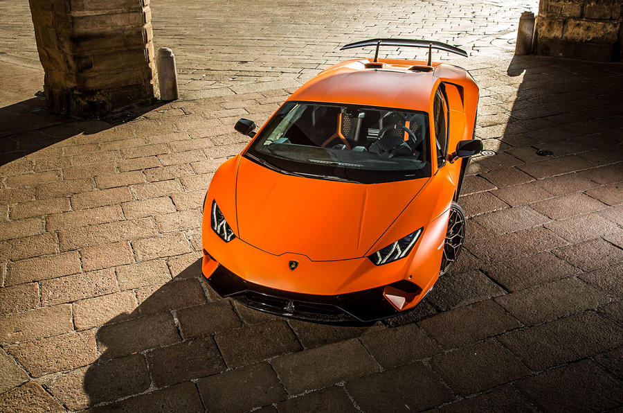 Lamborghini Huracan Performante top profile