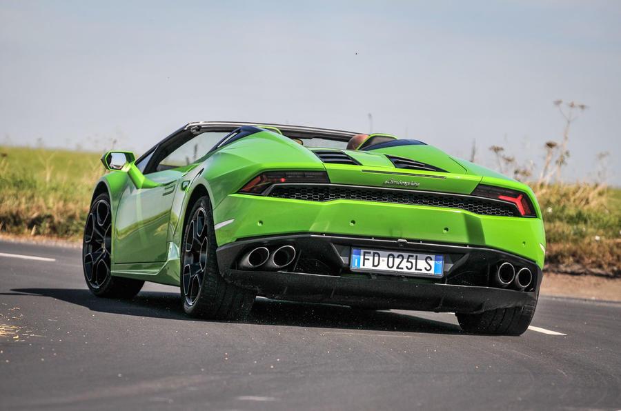 Lamborghini Huracán LP610-4 Spyder rear