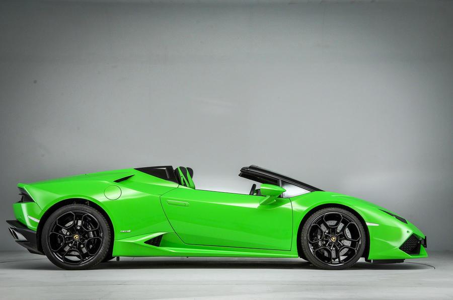 Lamborghini Huracán LP610-4 Spyder side profile