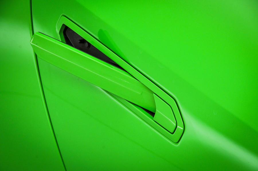 Lamborghini Huracán door handles