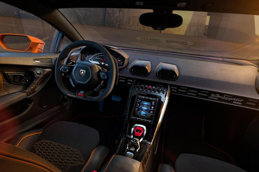 New Lamborghini Huracán Evo updated 2019 supercar revealed