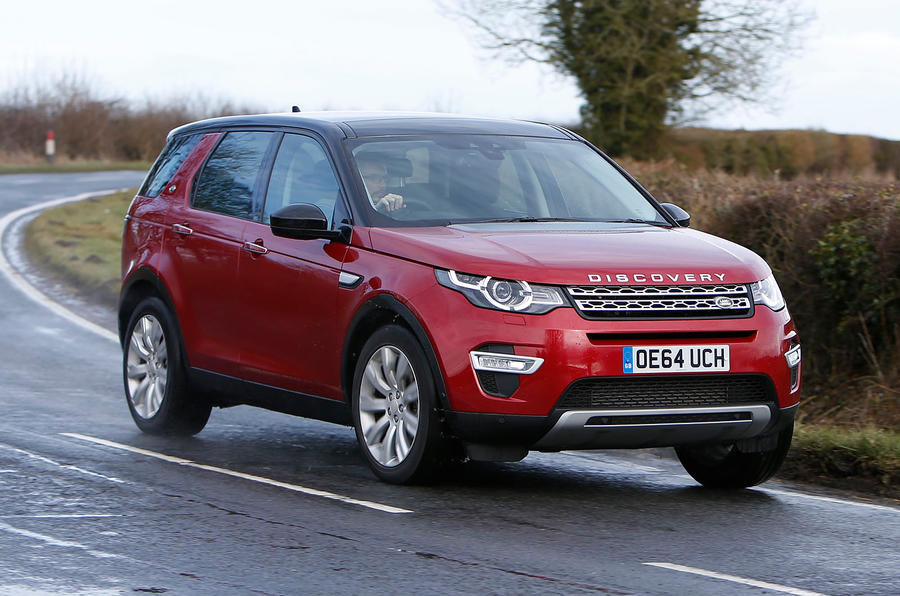 Land Rover Discovery Sport - cornering front