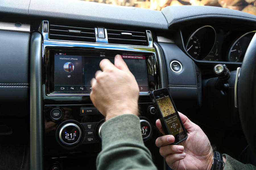 Land Rover Discovery pairing up the Prior's phone
