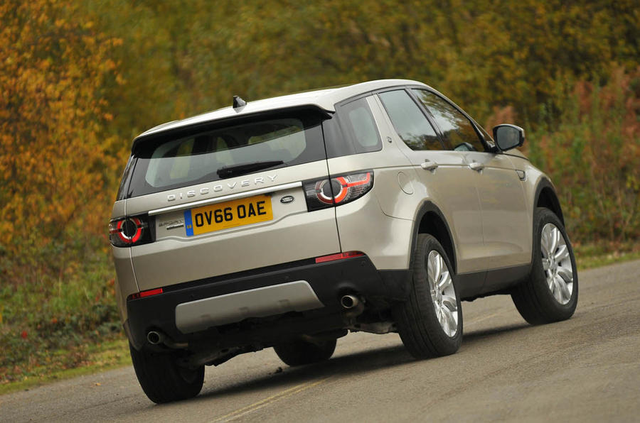 2017 land rover discovery sport hse luxury review review autocar. Black Bedroom Furniture Sets. Home Design Ideas