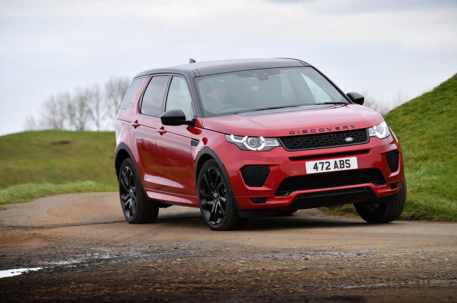 Land Rover Discovery Sport SD4 cornering