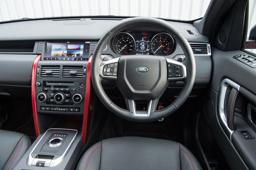 Land Rover Discovery Sport SD4 dashboard