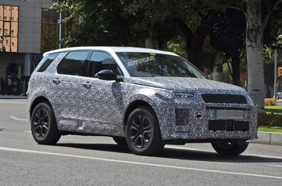 Land Rover Discovery Sport spy shot front three quarters