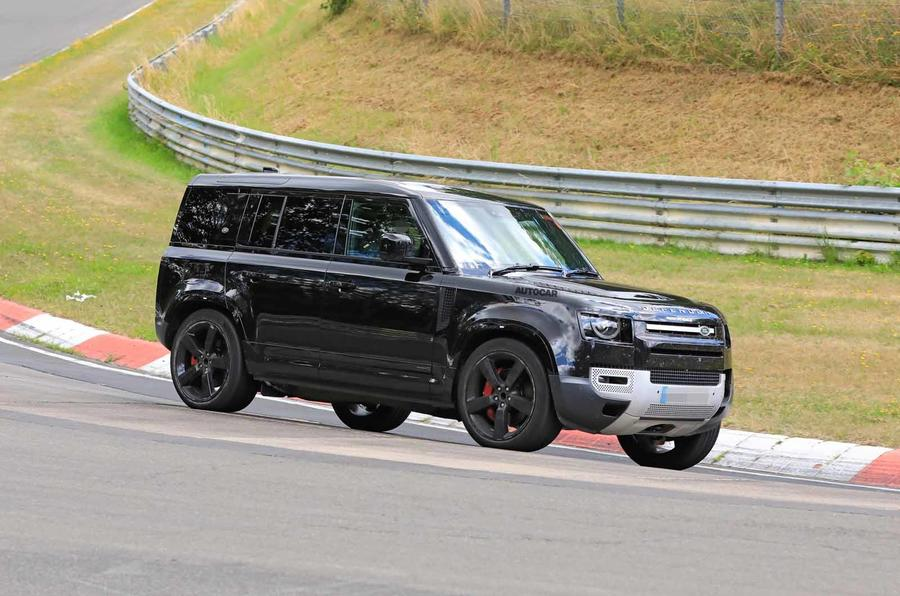 Land Rover Defender V8 Nurburgring side front