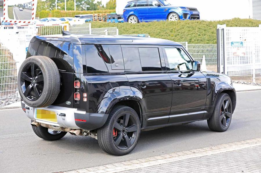 Land Rover Defender V8 Nurburgring rear road