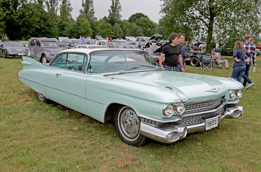 1959 CADILLAC