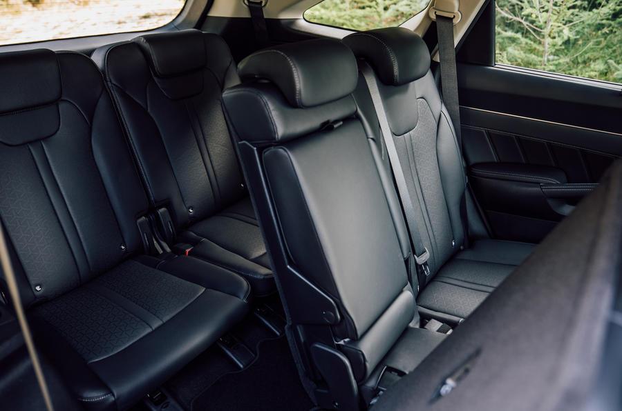 Kia Sorento 2.2 CRDI 2020 UK first drive review - rear seats