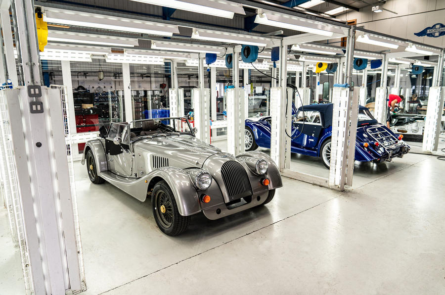 [Actualité] Morgan - Page 2 Last_steel_chassis_morgan_pre_delivery_inspection