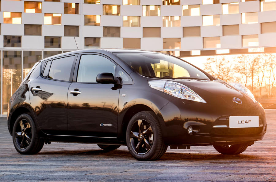 nissan leaf black edition revealed autocar. Black Bedroom Furniture Sets. Home Design Ideas