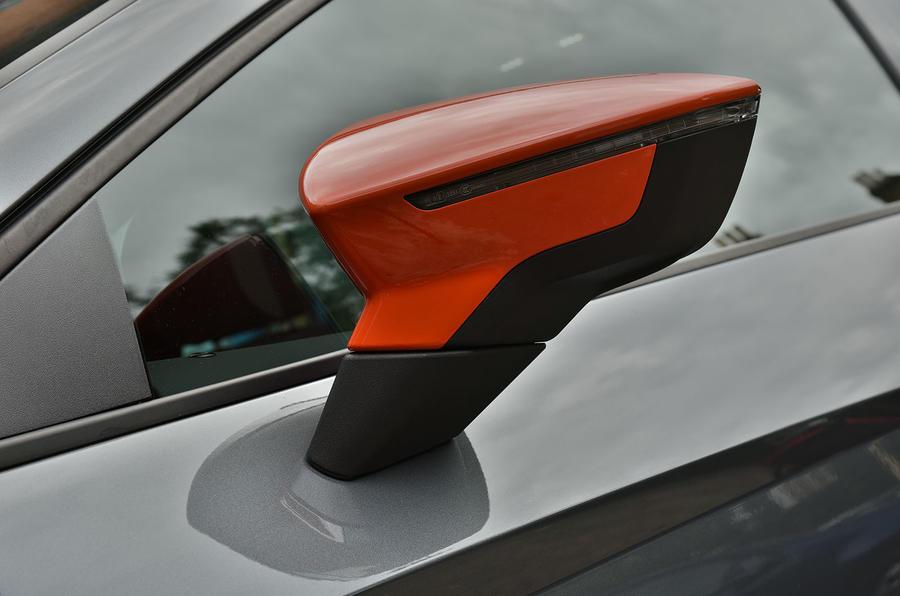 Seat Leon Cupra Sub8 wing mirror