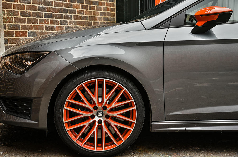 Seat Leon Cupra 280 front end