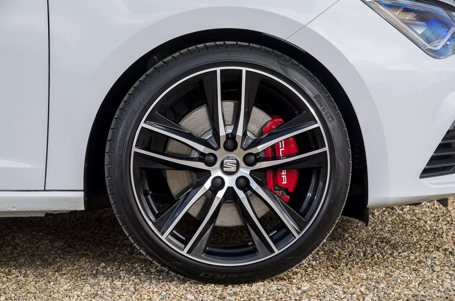 Seat Leon ST Cupra alloy wheels