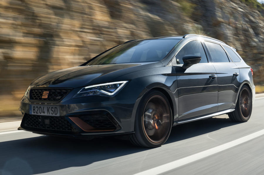 limited edition leon cupra r st becomes fastest ever seat autocar. Black Bedroom Furniture Sets. Home Design Ideas