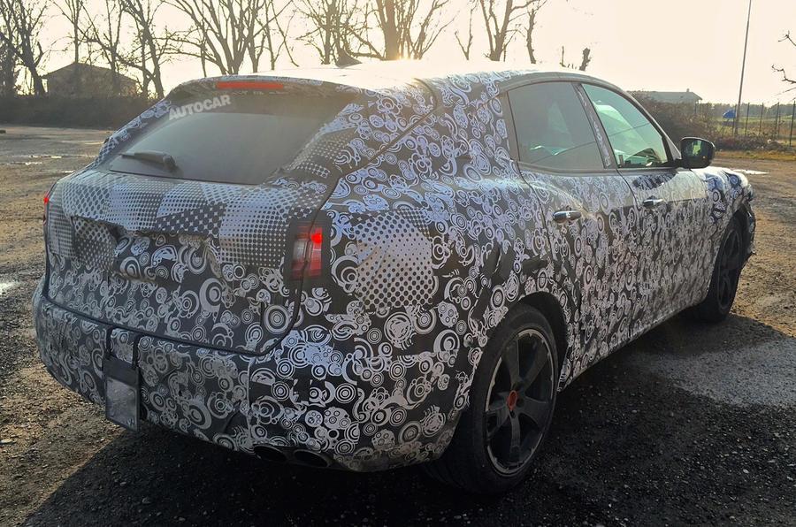 Maserati Levante spy shots