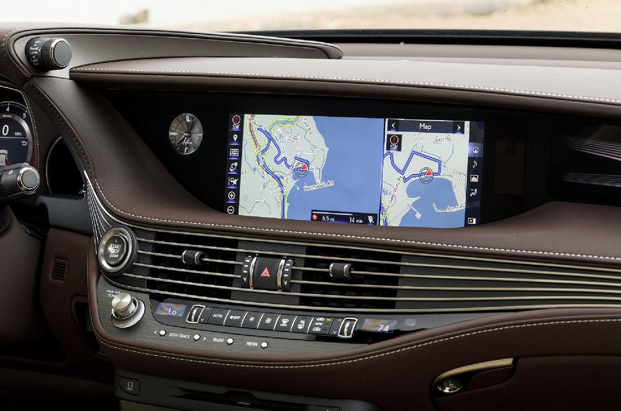 Lexus LS 500h F Sport infotainment system