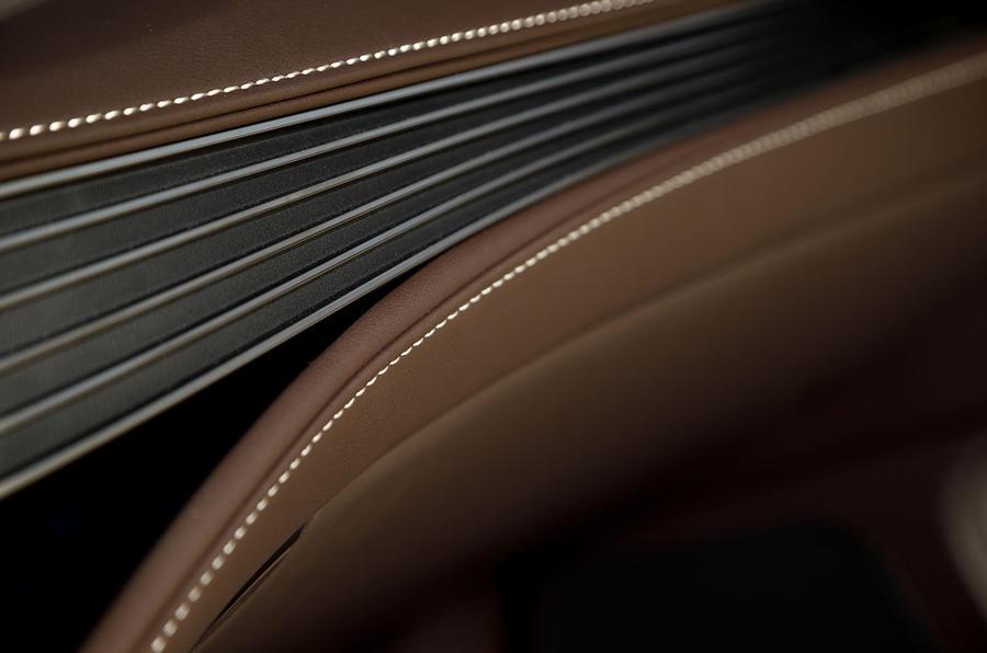 Lexus LS 500h F Sport craftmanship