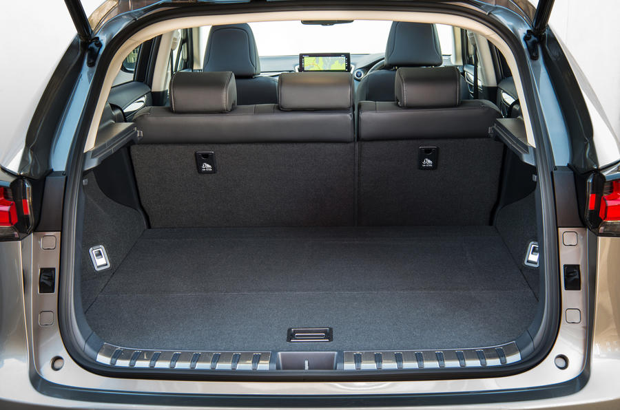 Lexus NX boot space
