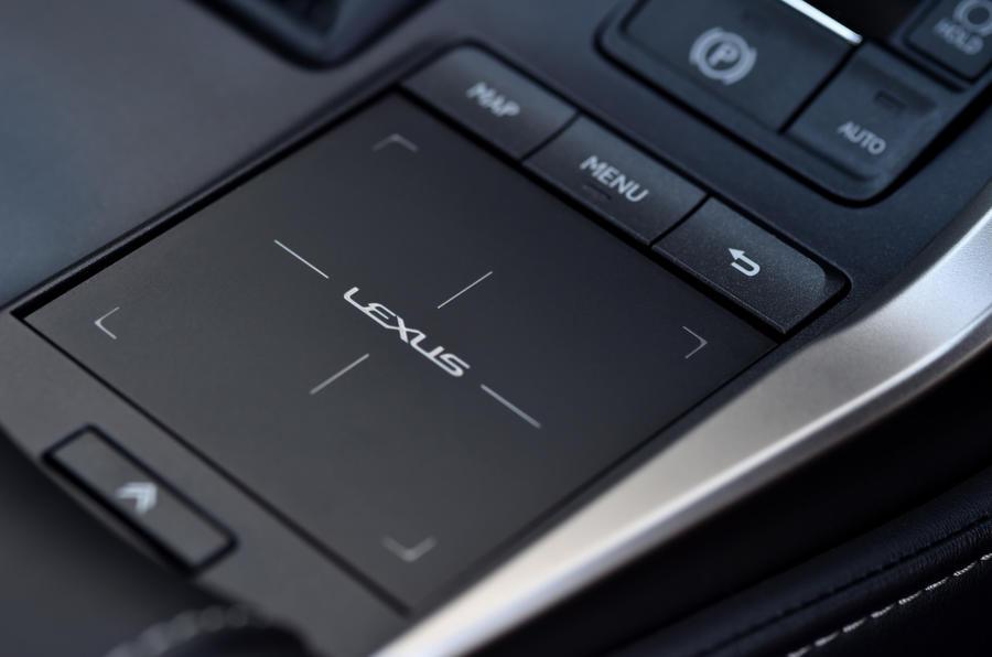 Lexus NX infotainment pad
