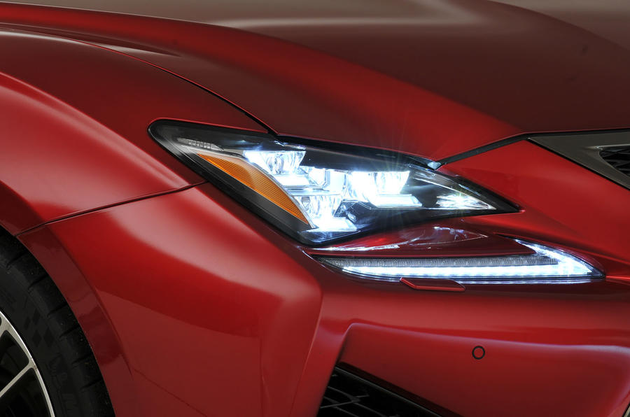 Lexus RC F LED headlights