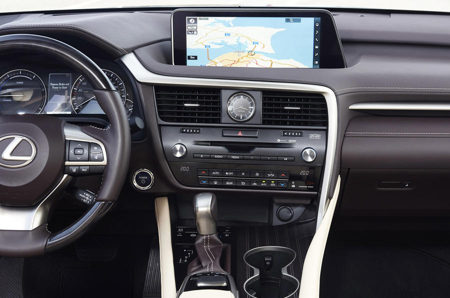2015 Lexus RX 450h Premier sat-nav