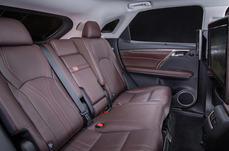 2015 Lexus RX 450h Premier rear seats