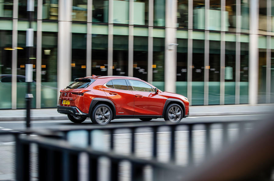 https://www.autocar.co.uk/sites/autocar.co.uk/files/styles/gallery_slide/public/images/car-reviews/first-drives/legacy/lexus-ux-dynamic-7.jpg?itok=eqwbjNl5