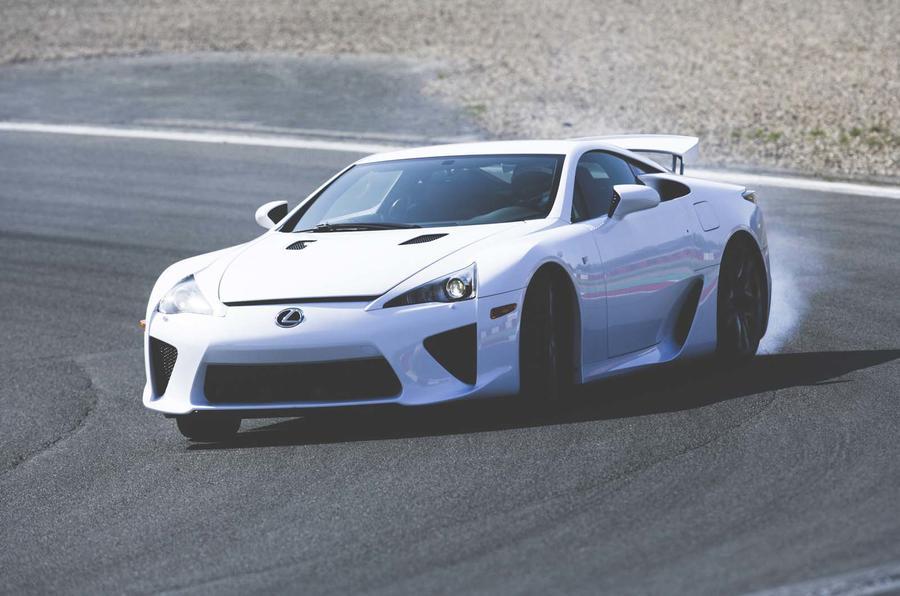 Lexus LFA drifting - front