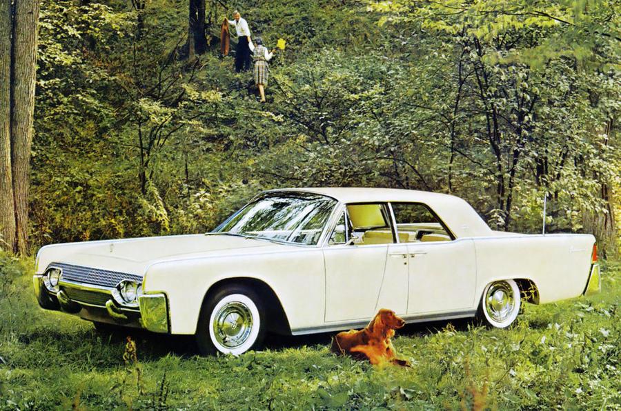 41: 1961 Lincoln Continental
