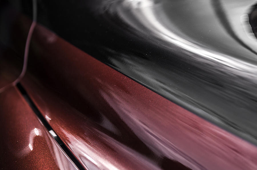 Afzal Kahn-designed TX4 Last of Line Edition cab revealed