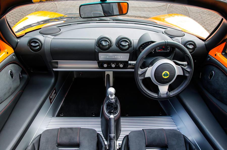 2016 Lotus Elise Cup 250 review | Autocar