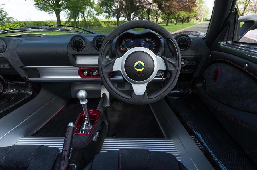 Lotus Elise Sprint dashboard
