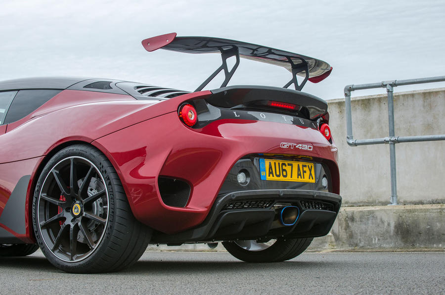 https://www.autocar.co.uk/sites/autocar.co.uk/files/styles/gallery_slide/public/images/car-reviews/first-drives/legacy/lotus-evora-gt430-rear-wing.jpg?itok=RF7Q3CHX