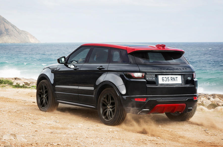 2017 range rover evoque gets new tech and special edition. Black Bedroom Furniture Sets. Home Design Ideas